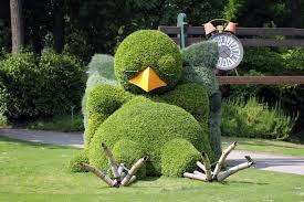 Sculpture végétal  - Page 2 Images?q=tbn:ANd9GcSeyGnymRis5oZc9-C6xxZeiNL9Ab19s807TAzB3UlnmbUnueiR