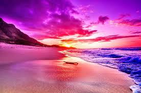 Pink Sea Clou Bright Enchantinf Waves ...