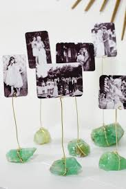 Mineral Display Stands 100 DIY Photo Displays Stands And Holders For Every Space 72