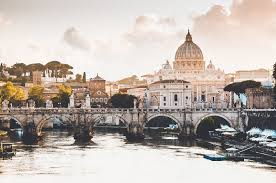 how much does it cost to go to italy
