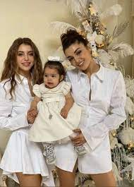 """Uživatel Raluca Bunceanu na Twitteru: """"""""The famous actress, Hande Erçel,  who believes that those who have sisters are always luckier, says that the  unique bond between her and her sister, Gamze Erçel,"""