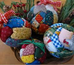 Quilted Christmas Ball Ornaments | AllFreeChristmasCrafts.com &  Adamdwight.com