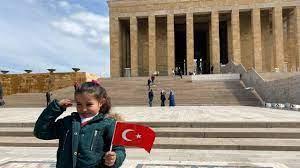 Küçük Hira Ata'sına ve Anıtkabir'e kavuştu - Son Dakika Haberleri