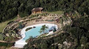 VILLA DI BERLUSCONI / Costa Smeralda, una seconda residenza estiva per il  premier vicino a Villa Certosa