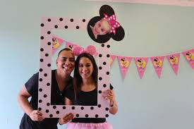 minnie mouse selfie frame