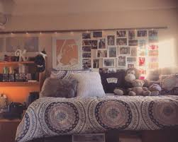 guide to dorm room decor make that