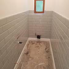downstairs toilet half bond style ceramic