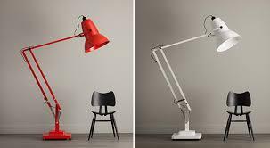 Giant-Lamp-2