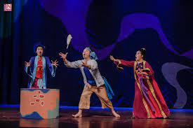 Lần đầu tiên vở kịch thiếu nhi mang tên Tấm Cám được biểu diễn tại sân khấu  chứa được 4000 chỗ