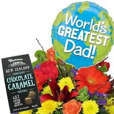 fathers day bouquet balloon and chocolates gift package