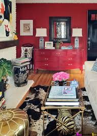 Living Room With Red Accents ...