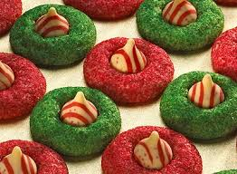 I find the unique flavor of hershey's kisses to be a perfect compliment to the shortbread, plus everyone deserves a kiss on valentine's day, and any. Hershey Kisses Candy Cane Blossom Cookies Recipe