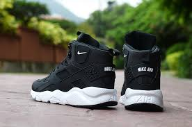 classic men s nike huarache high top leather running sports shoes black white