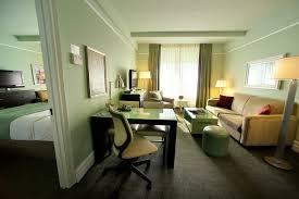 Nice 2 Bedroom Hotel In New York Www Resnooze Com