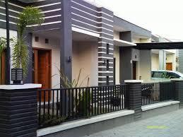 Untuk pagar minimalis atau besi anda bisa memilih yang sesuai keinginan namun biasanya para pagar besi jenis ini banyak disukai karena cocok untuk rumah minimalis modern namun tetap mudah. Tips Memilih Pagar Rumah Minimalis