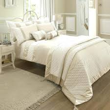 cream comforter set accessorize 3 piece cream jacquard comforter set cream colored