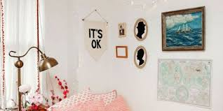 I am constantly on pinterest looking at some different diy's i can make that will make my room look so cute but i have been having such a hard time finding ideas that i actually like. Dorm Room Decor Dorm Decorating Ideas