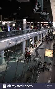 Gli arrivi e le partenze dei terminali Aeroporto di Catania Sicilia Italia  Foto stock - Alamy