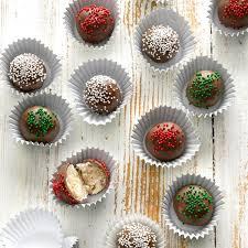52 Homemade <b>Christmas Candy</b> Recipes for the Holidays