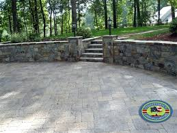 stackable stone retaining wall dry stacked stone retaining walls