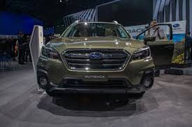 2018 subaru touring outback. plain subaru 2018subaruoutbackilika1600x1067006  throughout 2018 subaru touring outback