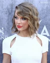 Taylor Swift New Hair Style Taylor Swift Wearing Her Hair In A New Short Style Angled Bob 8468 by stevesalt.us