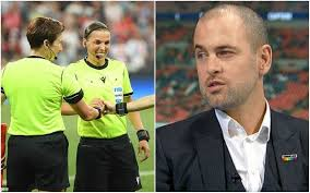 They average 2.4 goals in simulated victories vs just 0.8 in simulation losses. Joe Cole Referee Sexism Chelsea Liverpool