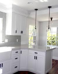 White Kitchen Cabinet Handles White Kitchen Cabinets With Dark Pulls 23330520170424 Ponyiex