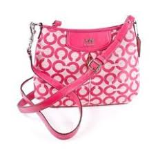 Pink Leather, Op Art, Fashion Over, Body Bag, Fashion Handbags, Coaches,  Purses, Fashion Purses, Trainers