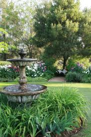 Yard Fountains Best 25 Yard Water Fountains Ideas On Pinterest Diy Fountain
