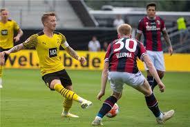 So proud to have teammates with such top character. Bvb Kapitan Marco Reus Das Ist Naturlich Sehr Offensiv Ausgerichtet
