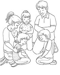 Tranh tô màu gia đình của bé hạnh phúc và ấm áp