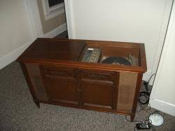 Antique Radio Forums • View topic - Magnavox Astrosonic Record ...