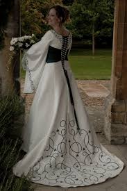 118 Best Celtic Wedding Dresses I Love 3 Images On Pinterest