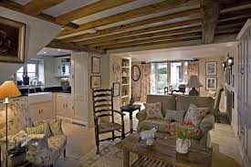 cottage style house interior design photo 4