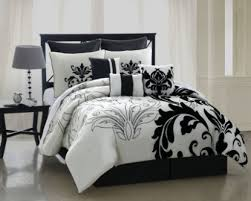 quilt sets black white shades colored in square big bedspread king set queen size quilt