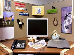 Decorate Office At Work Holiday Cubicle Decorating Ideas Christmas Decorations Theme