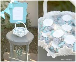 famous diy wedding door gift crest wedding dress inspiration