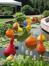 glass art at atlanta botanical gardens