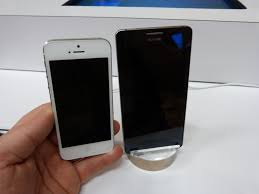Huawei Ascend D2 vs Apple iPhone 5 ...
