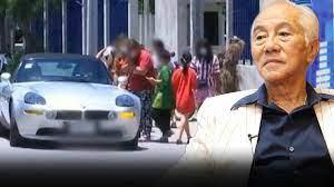 เจ้าสัวสวัสดิ์ เปิดใจขับรถหรูแจกเงินคนจน ครั้งละเป็นหมื่น ทำมานับสิบปีแล้ว    Khaosod