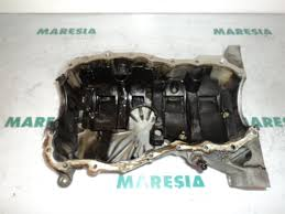used renault grand scénic ii jm 1 5 dci 100 sump 8200311346 sump from a renault grand scénic ii jm 1 5 dci 100 2004