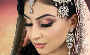 traditional indian bridal make up and hair do by richa dave and urvashi dave