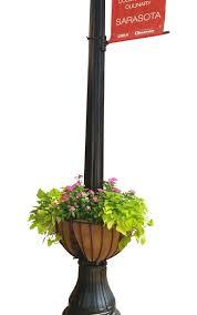 Hayrack Lamppost Euro Classic Basket 25 Henderson Garden Supply