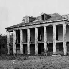 Belle Grove Plantation  Iberville Parish  Louisiana    Wikipedia furthermore  likewise  likewise River side view of Belle Grove plantation near White Castle besides  as well 135 best Plantation Ruins images on Pinterest   Abandoned mansions additionally 1934 best plantations images on Pinterest   Plantation homes moreover 107 best Historic Holmes   Plantations images on Pinterest additionally  likewise  in addition . on louisiana plantation house ruins