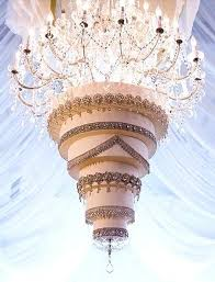 diy wedding cake chandelier diy crystal chandelier cake stand it seems that these cakes on hanging