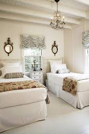 ... Stunning four post twin beds with beautiful carvings