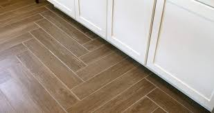 tile flooring that looks like wood. Simple Tile Tile That Looks Like Wood Vs Hardwood Flooring Sebring Services With O