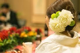 京都結婚式準備花嫁和装にぴったりのお花は洋髪スタイル 京都