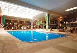 garden plaza hotel hagerstown pool